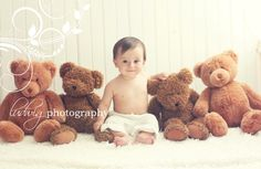 9 month portrait with baby boy. Newborn Baby Photography, Children Photography, Photography Ideas, Baby Boy Portraits, Bump Photos, Family Photos, Teddy Bear Birthday, Bear Pictures, Baby Poses