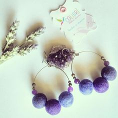 Aros de fieltro tonos Violeta