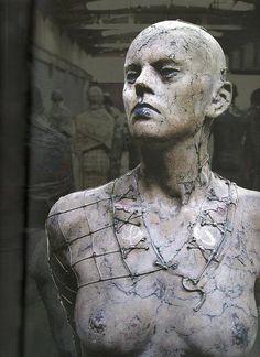 Przemyslaw Lasak Art Sculpture, Abstract Sculpture, Ceramic Figures, Ceramic Art, Cool Artwork, Amazing Art, Fine Art, Statue, Burger Recipes