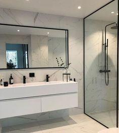 25 Serene White Bathroom Design Ideas That Full of Visual Interest # #Bathroomdecoration #bathroomdesign #serenewhite #WhiteBathroom # #DIYDecorating