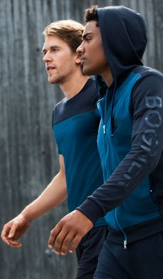 Look good, feel good, and perform your best. Active, sporty athleisure outfits from Bogner feature quality design and on-trend style that leaves you feeling comfortable and free to move. These blue-on-blue T-shirts and hoodies feature subtly sporty details and prints that provide a surprisingly unique aesthetic ideal for parkour.