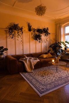 Cosy House, D House, Interior Design Videos, Apartment Interior Design, Cozy Apartment, Diy Wall Decor, Home Decor, Home And Living, Cozy Living
