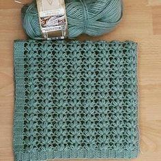 Knit Vest Pattern, Crochet Poncho Patterns, Baby Knitting Patterns, Crochet Stitches, Crochet Poncho With Sleeves, String Art Patterns, Crochet Baby Clothes, Crochet Fashion, Crochet Designs