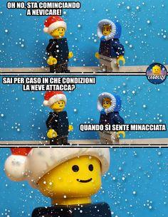 Lego Humor, Lego Memes, Italian Memes, Lol, Legoland, Teacher Humor, Funny Stories, Cringe, Funny Photos