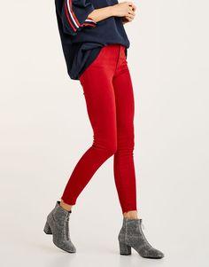 Z2018  Jeansy rurki z wysokim stanem - Denim Collection - Denim - HIDDEN - PULL&BEAR Polska