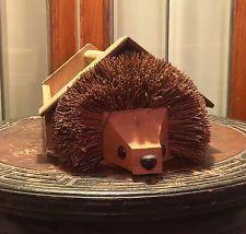 Hedgehog Company Original Hedgehog Shoe Cleaner Box with Shoe Cleaner Britain