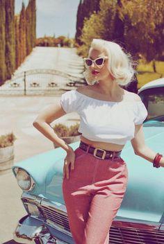 Pin-Ups rockabilly pin up, rockabilly fashion, pin up, vintage Look Vintage, Vintage Stil, Vintage Girls, Vintage Outfits, 1950 Outfits, Vintage Dresses, Pin Up Vintage, Pin Up Outfits, 50s Vintage