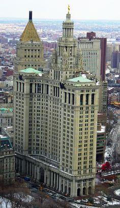 Manhattan Municipal Building by David Shankbone Nueva York U. New York Architecture, Architecture Design, Amazing Architecture, Vintage Architecture, Lower Manhattan, Manhattan Nyc, New York City Pictures, New York City Buildings, A New York Minute