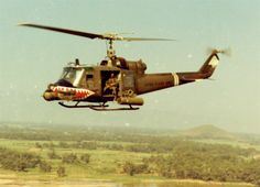 Raw Footage – 1st Air Cavalry Division – Vietnam War Helicopter Assault