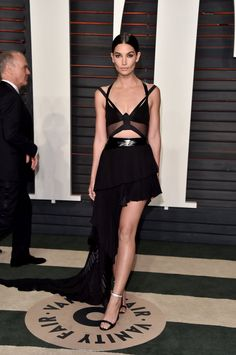 Pin for Later: Don't Miss 1 Single Look From the Oscars Afterparties Lily Aldridge Wearing Alexandre Vauthier Haute Couture at Vanity Fair's Oscar party.