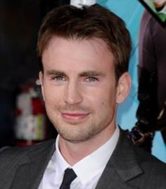 Chris Evans is a Celeb who has started to show signs of significant hair loss, over the years, his hair has taken a battering.