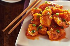 I love Asian food, but I don't particularly love the guilty feelings that often come along with eating it. Orange chicken is one of my favorite Asian dishes, and I. Asian Recipes, Healthy Recipes, Ethnic Recipes, Skinny Orange Chicken, Great Recipes, Favorite Recipes, Tandoori Chicken, Chicken Wings, Chicken Recipes