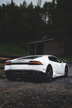 Lamborghini Huracan #Lamborghini #lamborghinihuracan