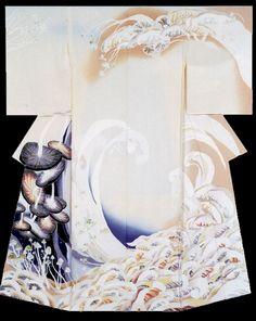 """Mushroom Maze"". Kimono created by Shiono Chikako. Tabata Kihachi Award. 33rd Annual Meeting of the Japanese textile artist Exhibition award work. Japan"