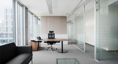 Discreet design in rooms that are clear and flooded with daylight. #T-Front #Office by Bene at Litex Tower in Sofia.