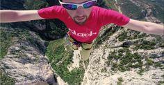 [VIDEO] Record du monde : ces français traversent 1km de slackline vertige garanti