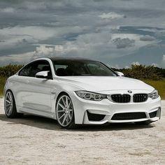 BMW - M4 F82