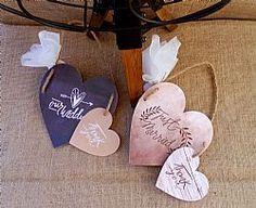 Μπομπονιέρα γάμου διακοσμητικές κρεμαστές καρδιές