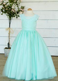 Bridesmaids, Tulle, Flower Girl Dresses, Formal Dresses, Fashion, Moda, Bridesmaid, Formal Gowns, La Mode