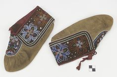 MUNSEE DELAWARE (attributed), 1870-90  National Museum of the American Indian Native American Regalia, Native American Crafts, Native American Beading, Indian Beadwork, Native Beadwork, Delaware Indians, Noble People, Beaded Moccasins, How To Have Twins