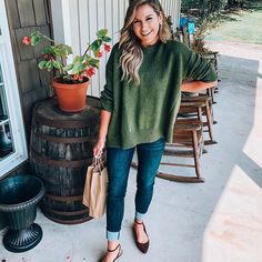 55 Beautiful Autumn Outfits Ideas That You Can Start to Pick Right Now - Winter - Cute Fall Outfits, Fall Winter Outfits, Autumn Winter Fashion, Casual Outfits, Winter Style, Chambray Jumpsuit, Art Deco, Fancy, Fall Fashion Trends