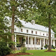 A New Take on the Classic Farmhouse | Farmhouse Decorating | SouthernLiving.com