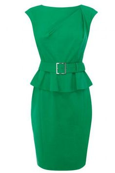 Waist-slimming dresses with frills in Christmas Green