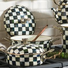 Buy the Courtly Check Enamel Casserole Dish - Large from MacKenzie-Childs at AMARA. Mackenzie Childs Inspired, Mckenzie And Childs, Christmas Dishes, Cooking Appliances, White Cottage, Woman Painting, White Patterns, Casserole Dishes, White Aesthetic