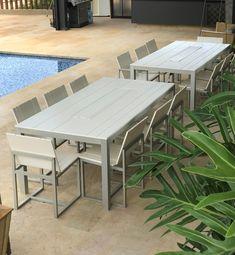 Comedor de ocho puestos - elaborado en polipropileno y aluminio Outdoor Dining, Dining Table, Outdoor Decor, New Kitchen, Outdoor Furniture Sets, Design, Home Decor, Houses, Dining Rooms