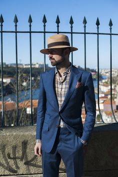 Linen blend suit from Suitsupply, plaid shirt by Boglioli, pocket square by Lobo Marinho