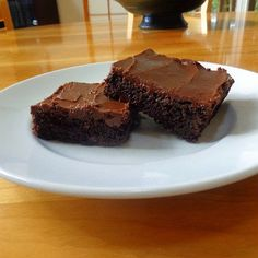 One Perfect Bite: Easy Everyday Frosted Fudge Brownies Fun Desserts, Delicious Desserts, Dessert Recipes, Yummy Food, Tasty, Fudge Brownies, Chocolate Delight, Eat Dessert First, Let Them Eat Cake