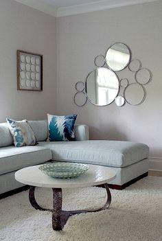 sala e espelho