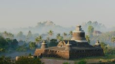 Dukkanthein-Paya-Burma1-1440x25601.jpg (2048×1152)