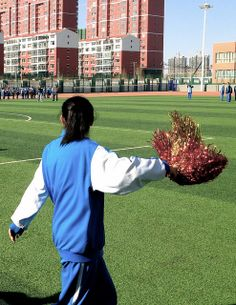 Chinese Cheerleading. You CAN keep up with your activities while studying abroad!  #highschoolstudyabroad