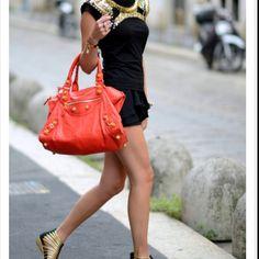 love balanciaga bags classic <3