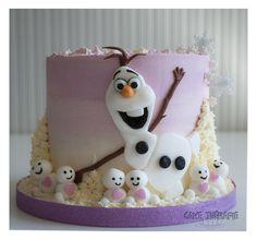 Olaf and snowgies © Mary Das, Cake Thérapie buttercream cakes