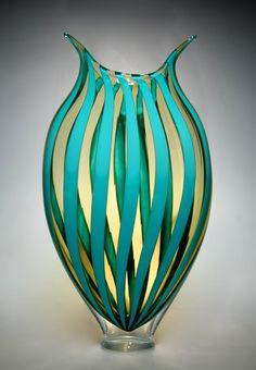Sea Glass art With Quotes - Sea Glass art Window - - Tiffany Glass art Inspiration - Wine Glass art Beach - Glass art Pictures Broken Glass Art, Sea Glass Art, Stained Glass Art, Clear Glass, Cut Glass, Wine Glass, Art Nouveau, Glass Art Pictures, Glass Art Design