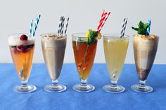 Classic cocktails + ice cream floats = an absolute must for summertime at Brit HQ! Click through for all 5 recipes!
