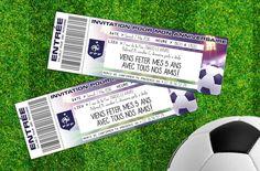 Imprimez gratuitement ces cartes d'invitation anniversaire foot aux faux airs de place d'entrée pour les match de football