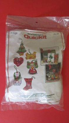 Christmas Quickit Embroidery Style Ornament Kit 300 VIP Crafts Makes 6 Ornaments #VIPCrafts