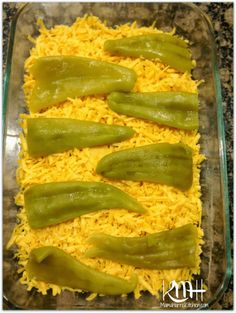 This chile relleno casserole is so easy to make, layers of chiles and cheese create a tasty dinner that's perfect for the busiest of families. Tostadas, Tacos, Chili Relleno, Chilli Relleno Recipe, Tamales, Chille Relleno Casserole, Quesadillas, Enchiladas, Burritos