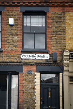 a-day-at-columbia-road-ruth-segaud-photography-23  Columbia Road Flower Market - London