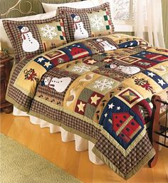 Would love to make this for my favorite daughter Pam!! (lol this is Pam...I'm showing my mom how to Pin!!!)  Christmas Quilt!