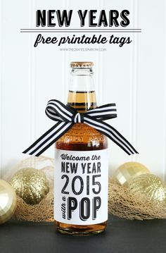 New Years Free Printable Tags   Drink Tags   New Year's Eve Party Ideas from @craftedsparrow