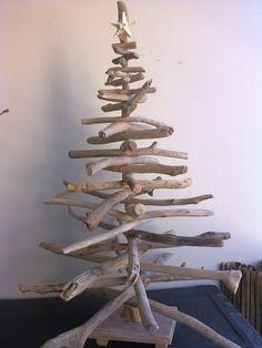 Sapin de Noël en bois Flotté et design à faire soi-même | Bille de ...