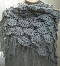 This grey shawl is hand crocheted in mohair yarn. This shawl is prepared with care by using thin mohair for special days. You can use evening dünn Dit item is niet beschikbaar Shawl Crochet, Col Crochet, Crochet Video, Crochet Shawls And Wraps, Crochet Scarves, Crochet Clothes, Crochet Stitches, Crochet Patterns, Crocheted Scarf