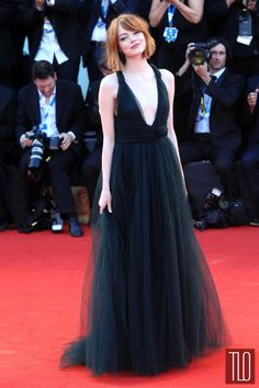 Emma-Stone-Birdman-Movie-Premiere-Valentino-Couture-2014-Venice-Film-Festival-Red-Carpet-Fashion-Tom-Lorenzo-Site-TLO (1)