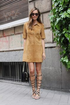 Gladiators, suede dress and Valentino lock bag is a good combination