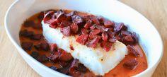 Deilig ovnsbakt torsk med chorizo | Den gode matreisen Chorizo, Empanadas, Tostadas, Enchiladas, Chili, Sausage, Protein, Den, Soup