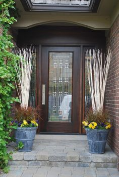 Adding small touches to the front of your home gives a unique curb appeal.